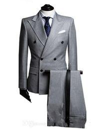 Canada Nouveau Double boutonnage Côté Vent Gris Clair Groom Tuxedo Peak Revers Groomsmen Mens Smokings De Mariage Costumes De Bal (Veste + Pantalon) 700 Offre