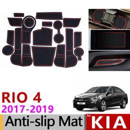 Kia rio carros on-line-Slot Do Portão Anti-Slip Mat Copo Almofadas De Borracha tapete para Kia Rio 4 X-Line RIO 2017 2018 2019 18 pcs RIO4 Acessórios Adesivos Car Styling