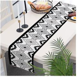 bandiera della boemia Sconti Bandiera bohemien design geometrico bandiera da tavolo in cotone e lino stoffa tovaglia bandiera letto di loto