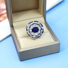 Kleine blaue fans online-Luxus Tide Markendesigner neue Damen Schatz blau kleine Ventilator Ring Farbe vergoldetes Intarsien Zirkon Kristall Luxus fächerförmigen Ring weiblich