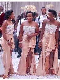tissus de sirène de dentelle Promotion Blush Pink Plus taille sirène demoiselles d'honneur robes 2019 sans bretelles en satin tissu de haute fentes dentelle appliques buste longue robe de soirée de bal pas cher