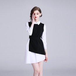 2019 maglia bianca della camicia da letto 2019 Pydownlake Spring New OL Women Girls Fashion Commute White Irregular Shirt Empire Dress + Black Mini Vest Dress Two Pieces maglia bianca della camicia da letto economici