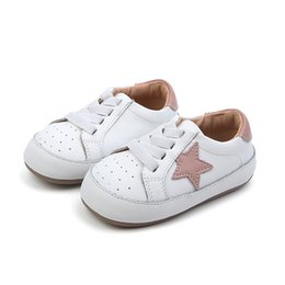 Gomme a pedale online-Scarpe per bambini 2019 Spring New Genuine Leather Toddler Baby Gomma antiscivolo Stars First Walkers One Pedal Learn To Walk Single Shoe