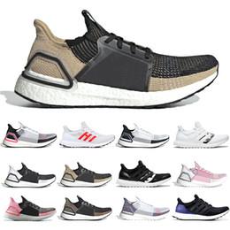 cbbf9618c3917 Adidas Boost 2019 Ultra boost 19 running shoes homens mulheres nuvem branco  preto Oreo ultraboost 5.0 mens formadores corredor sports designer de luxo  ...
