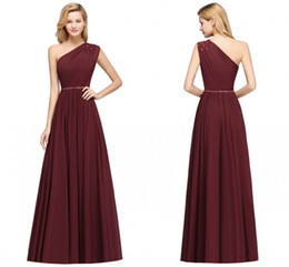 Elegante Una Spalla Bridesmaids Dress Economici A Line Campagna Giardino Foresta Wedding Guest Dress Pieghe Flowy Chiffon Longne Robe BM0148 da