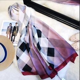 lenços de chiffon coloridos Desconto 2018 Mais Novo Da Marca Lenço De Seda 2018 mulheres verão Cachecol de alta qualidade Fino design lenço longo Lenços tamanho 180x90 cm RT5585