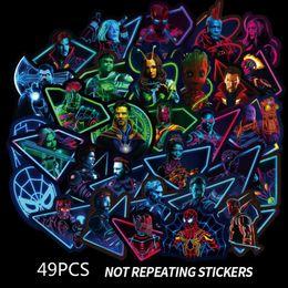 Juguetes fluorescentes online-49 Unids / set Marvel Pegatinas Fluorescentes Vengadores 4 Capitán Marvel Thanos Iron Man Libro Equipaje Refrigerador Portátil Pegatina Luminosa Juguetes B