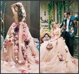Um ombro designer vestidos de noiva on-line-2019 nova champange flores a linha de vestidos de casamento de um ombro querida designer de vestidos de casamento on line com capela trem vestidos de novia