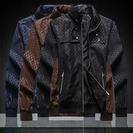 justin bieber revestimento vermelho Desconto O mais recente desgaste dos homens de luxo de 2019Fire, famosa designer de moda trincheira casaco casual de alta qualidade dos homens jaqueta de zíper jaqueta impressão listra 3