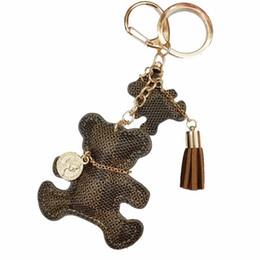 Ornamento borla on-line-Bonito Couro Tassel Faux Urso Keychain Urso Chaveiro Mulheres ornamento Backpack presente dos namorados New Chic Pendant