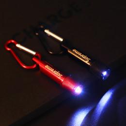 Novos acessórios para telefones celulares on-line-NOVA Sup Cell Phone Encantos Straps Acessórios Mini lanterna keychain do carro pingente de chaveiro do carro enfeites de carro para iphone x goophone samsung