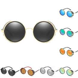 2019 occhiali da sole rotondi steampunk Gothic Steampunk Round Metal Occhiali da sole per uomo Donna Mirror Circle Cerchio lucido Gold Frame Occhiali da sole Brand Designer Retro Vintage Oculos UV400 occhiali da sole rotondi steampunk economici