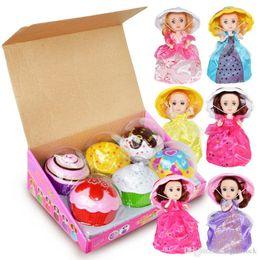 Torte alla torta della principessa online-Grande Cupcake profumato Princess Doll 15CM 6 PC Reversibile Cake Debbie Lisa Etude Britney Kaelyn Jennie con 6 sapori Magic Toys for Girls