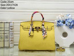 2019 diseñador de alta calidad bolsos amarillos Los más vendidos Marca Moda Mujer Bolso de gran capacidad Diseñador Bolso de mano Bolsos de embrague femeninos Bolsos de calidad superior amarillo femenino Bolsos 35cm diseñador de alta calidad bolsos amarillos baratos
