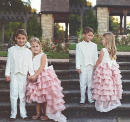 abiti organza per bambini bianchi Sconti Lovely White and Pink High Low Flower Girl Dresses con fiocco 2019 Organza a strati di pizzo Appliques Ragazze Pageant Abiti bambini Party Dress