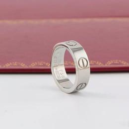 anéis de zircônia Desconto Novo Luxo Designer de Jóias Mulheres Anéis Mens Jóias de Noivado Anéis De Casamento Amor Diamante Titanium Anel De Aço