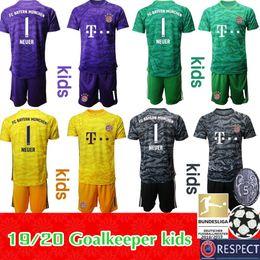 Camiseta de portero juvenil online-2019 2020 Munich Bayern kids kit Camisetas de fútbol boya youth JAMES LEWANDOWSKI MULLER ROBBEN NEUER Goalkeeper 19 20 Camiseta de fútbol