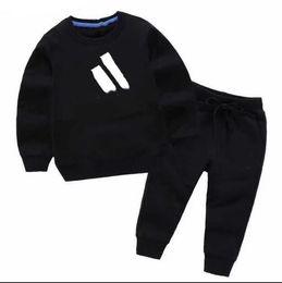 Venda quente Marca Fatos do bebê Primavera Outono Baby Boy menina Cotton completa mangas Jacket + calças 2pcs / define meninos Kid Clothing Set Bebê Set de