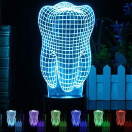 Lâmpada de luz de dente on-line-3D LED Night Light Tooth Forma Acrílico 7 Alterar cor Secretária Presentes Table Lamp C reativa