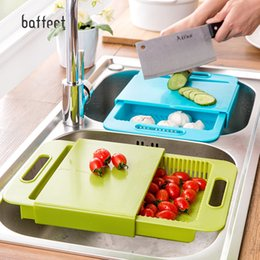 Prateleiras de pia on-line-Multifuncional Kitchen Sink Placa Tábua Pequeno Plastic Fruit Tábua Fixo faca Placa Drenagem rack de lavagem Racks SH190918