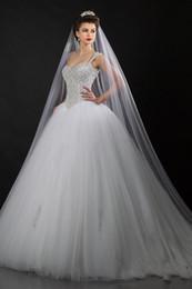 Vestido de casamento bling quente on-line-2019 Nova Bling Bling Cristal Vestidos De Noiva Querida com Cintas de Trem Da Varredura Tule Vestido de Baile Vestidos de Noiva Moda Venda Quente