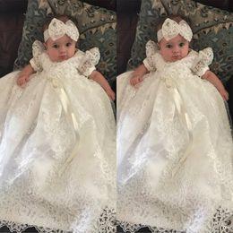 2019 roupas de vestuário vintage Batismo Do Vintage Vestidos de Alta Qualidade Rendas Batismo Outfits Formais Infantil Menina Desgaste com Peças de Cabeça Em Estoque roupas de vestuário vintage barato