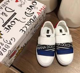2019 sapatas de bebê da vaca Sapatos de criança da marca de moda sapatos de grife sneaker para o bebê menino menina calçados esportivos tênis de couro de vaca vamp + sola de borracha de alta qualidade desconto sapatas de bebê da vaca