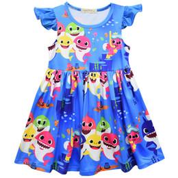 2019 novas meninas moda vestidos Nova verão crianças meninas moda vestido colorido bebê tubarão impressão meninas vestido sem mangas azul roupa milksilk jogo arco novas meninas moda vestidos barato