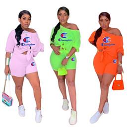 Conjunto de ombros on-line-Campeão de Verão Designer de Treino Mulheres 2 peça Shorts Set Off Ombro T-shirt + Calças Curtas Outfit Marca de Roupa Esporte Ocasional S-3XL A51301