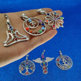 yoga pendant wholesale Coupons - 7 Yoga Chakra Pendant 7 Chakra Healing Stones Pendants For Yoga Necklace Will and Sandy Drop Ship 380157