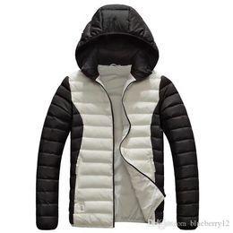 2019 7xl jacke winter Mens Desigenr Wintermäntel Marke gedruckt Sportjacken 4 Farben Plus Size Kapuzenjacke Hut abnehmbare Designs L - 7XL günstig 7xl jacke winter