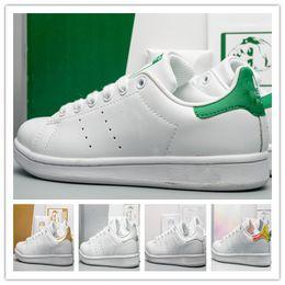 Moda para mujer con descuento online-Descuento zapatos de diseñador para mujer marca stan fashion smith zapatos zapatos casuales zapatillas de deporte clásicas de cuero tenis senderismo jogging hombres deportes baratos