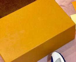 Nouvelle boîte à chaussures pour hommes boîte à chaussures pour femmes Différentes boîtes Envoi avec des chaussures s'il vous plaît ne pas acheter séparément ? partir de fabricateur