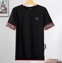 matemáticas navidad Rebajas Qwe 19SS Hombres Mujeres Moda Alemania Marca Diseñador Camisetas Verano Manga Corta PP Hip Hop Streetwear Camisetas de lujo Camisas Algodón Casual Tops