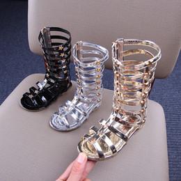 Детская обувь для девочек гладиатор онлайн-Лето Девочка Гладиатор Сандалии Выдалбливают Римские Сандалии Детские Колено Сапоги Малыша Плоские Блеск Звезда Молния PU Обувь