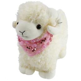 Bufanda de cordero online-Venta al por mayor libre Dropshipping ovejas animales de peluche lindo cordero de peluche de juguete con bufanda rosa mimoso chupete para bebés niños regalo en los niños