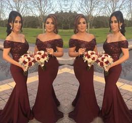Vestidos elásticos top bridesmaids on-line-Borgonha País Da Dama de Honra Vestidos de Sereia Lantejoulas Top Elastic Saia De Cetim Fora do Ombro Festa de Casamento Vestidos de Dama de Honra Plus Size