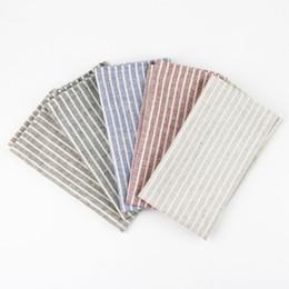 Servilletas de tela online-30 x 40 cm Servilletas de tela de moda algodón lino estera de aislamiento térmico estera de mesa de comedor mesa de niños servilletas manteles