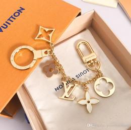 mini ferramenta por atacado chaveiros Desconto 2019 Top qualidade de luxo Keychain Moda Car Aço inoxidável Chaveiros mulheres Designer Designer Keychain para presentes com caixa Box Original