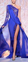 Um lado vestidos de noite on-line-Gorgeous Zuhair Murad Evening Dresses One Shoulder Long Sleeve Royal Blue High Side Slit Pageant Party Gowns Formal Prom Wear