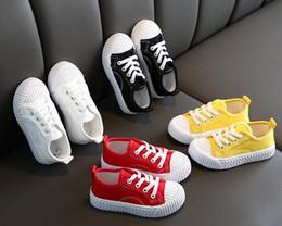 scarpe da passeggio a fondo duro Sconti 2019 Nuove scarpe per bambini Scarpe da ragazzo in tessuto di cotone Scarpe da ginnastica per allenamento sportivo Scarpe traspiranti EUR 26-35