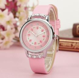 rosetón de diamantes Rebajas Nuevo reloj de lujo mujeres niños niños niñas damas cuarzo diamantes relojes de pulsera de cuero flor rosada corte romántico estudiante reloj impermeable