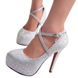 Vestido 2019 Zapatos de boda de tacón alto para mujer Zapatos de señora Crystal Plataformas Brillo de plata Rhinestone Zapatos de novia Bomba de fiesta de tacón fino desde fabricantes