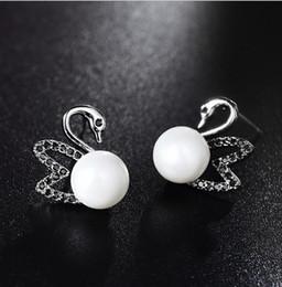 2019 pietra perla nera Moda Trend individuale cigno orecchio chiodi stile femminile nero pietra intarsiato orecchini di perle temperamento Baitao orecchio gioielli in argento puro pietra perla nera economici