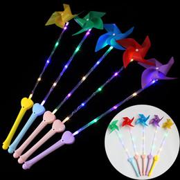 juguete de molino de viento flash Rebajas Molino de viento luminiscente rojo Juguetes Niños Mango de destello de plástico LED Niño Colorido con manijas de lámpara Nueva llegada 2 4hpa L1