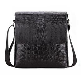 2019 homens do saco do mensageiro do crocodilo Jacaré Padrão Novo Flap Shoulder Bags Para Homens Messenger Bag Negócios Crossbody Bag Crocodile bolsa (Black) homens do saco do mensageiro do crocodilo barato