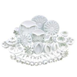 Conjuntos de émbolo de la flor online-33 unids / set Plástico Flor Fondant Cake Decorating Herramientas Sugarcraft Plunger Cutter Hornear Galletas Molde C18122401