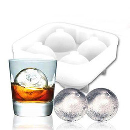 Palle di ghiaccio rotonde online-Ice Balls Maker Utensili Gadget Stampo 4 Cell Whiskey Cocktail Premium Round Spheres Bar Kitchen Party Tools Vassoio Cube