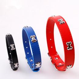 chihuahua halsbänder Rabatt PU-Leder-justierbarer Knochen-Haustier-Kragen für Welpen-Halskette für Chihuahua-Halsketten-Haustier-Produkte für Haustier S M L