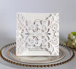 Cartes d'invitation pliées tri-pliées en or rose imprimées gratuites pour carte d'invitation de mariage anniversaire carte de voeux avec invitation enveloppe ? partir de fabricateur